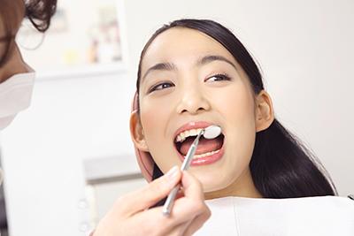 虫歯予防① 最適な虫歯予防プログラムを作成します。